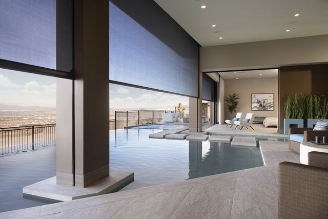 The New American Home, infinity pool