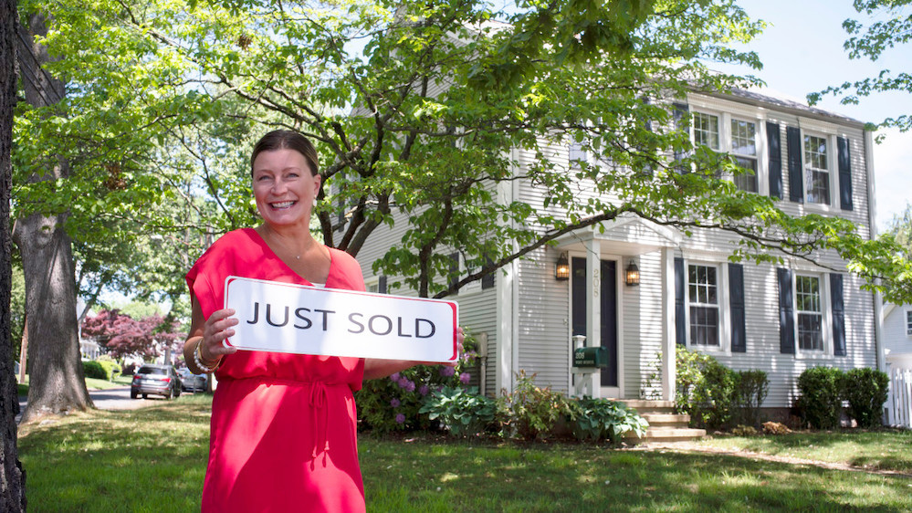 Halstead broker Cheryl Williams finally sold a property at 208 West Ave. in Darien, CT